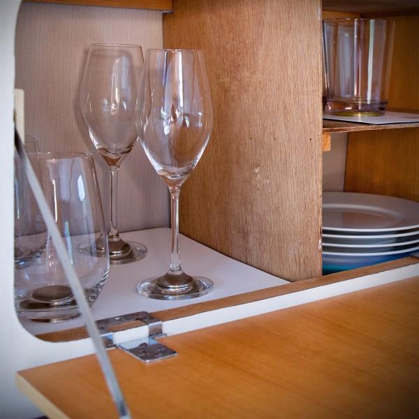 Magnetic crystal glass longdrink